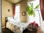 Bedroom #2 (single bed)