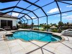 Villa Messina - spacious pool area