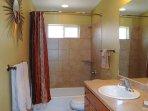 Cottonwood 451 - Hall Bathroom