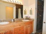 Rim Village Q4 - Master bathroom