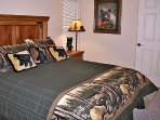 Rim Village U4 - Second Bedroom - Queen Bed