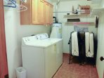 Cottonwood 377 - Laundry room