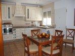 fully equipped kitchen (oven, ceramic hob, washing machine, dishwasher, microwave, coffe-/espresso)