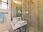 Master Bath (en suite)