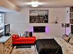 Chic St. George Studio Apartment w/Wifi, Elegant Furnishings & Private Outdoor Living Space - Walk to Staten Island Ferry!