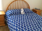 Queen size bed all new furniture with ac