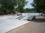 El skate park, si vienes con niños y les gusta patinar, recuerda traerles el patin!