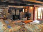 Sweet Chestnut Cottage lounge