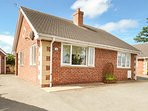 MELVERLEY, all ground floor, off road parking, great base for Mid Wales, in