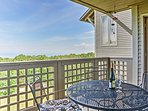 Cozy 2BR Wintergreen Condo w/Private Balcony