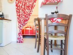 Trullo Standard (piccolo soggiorno con cucina)