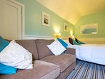 Double En-suite room with 3 seater sofa