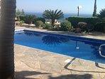 Pool looks inviting!