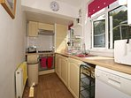 Harlech holiday cottage - kitchen
