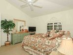 Guest/Queen Bedroom is well decorated and also provides 32 inch flat screen TV & DVD player