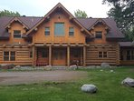 ChaletsOasis luxury lakeside log home