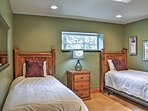 Siblings will love sharing this bedroom with 2 twin beds.