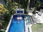 Angel House Ubud: Boutique B&B; Lumbung Suite Double bed.