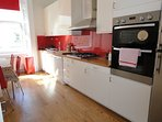 Newly renovated beautifully designed apartment- Kensington