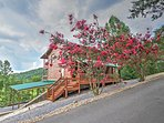 Experience everything the south has to offer in this terrific Sevierville vacation rental cabin!