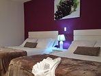 Uva es una elegante habitación Doble con dos camas Queen. Capacidad Máxima para 4 Personas.