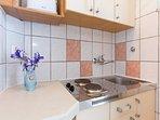 A1(2+1): kitchen