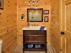 Bedroom 3- vanity