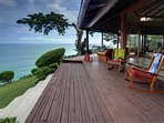 Wrap-around terrace with awesome ocean view