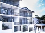 We have 2 bedroom as well as 3 bedroom apartments in Ashgrove