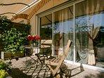 Tout comme la chambre précédente, la Sémillon profite également d'une terrasse privative