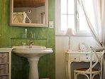 Espace salle de bain de la Muscadelle