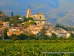 Famous village of bedoin at the foot of the Mont Ventoux in the heart of provence