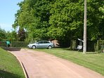 Another view of the driveway - lots pf places to park