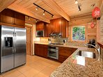 Stainless Steel Appliances & Granit Counter Tops