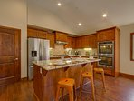 Tahoe Woods Paradise - Fully equipped kitchen