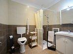 Bagno stanza taglia 46 attrezzato per disabili