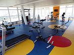 Gimnasio profesional gratuito en piso 16 con espectacular vista panorámica de Copiapó.