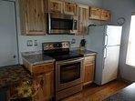 Kitchen, Radiant Range, Microwave