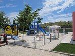 Beach, cafe and kids playground at 700 m