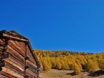 La grange- Chalet Nid d'Aigle, un mayen authentique en Valais
