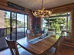 Dining room w lake views