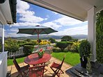 Borth y Gest holiday cottage estuary views