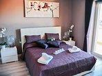 Purple deluxe double room with balcony