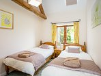 The twin bedded room in Oxen cottage