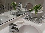La salle de bain (rénovée 2016)