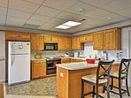 Cook mouthwatering meals in this full kitchen.
