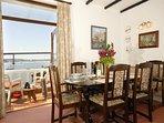 Holiday home near the Pembrokeshire coast - dining area