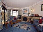 Cwm Tydu holiday cottage - lounge