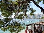 Pebble beach Brzet-many bars and restaurant