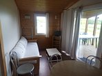Salon et terrasse couverte